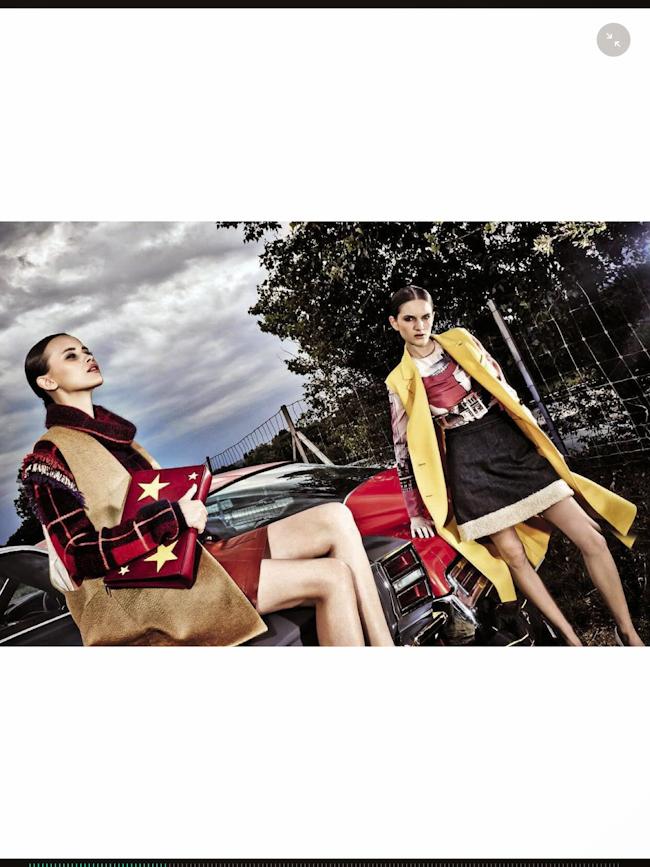 VOGUE ITALIA Raniya Mordanova & Carly Moore by Steve Hiett. Giulio Martinelli, August 2014, www.imageamplified.com, Image Amplified