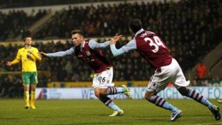 Villa celebrate v Norwich