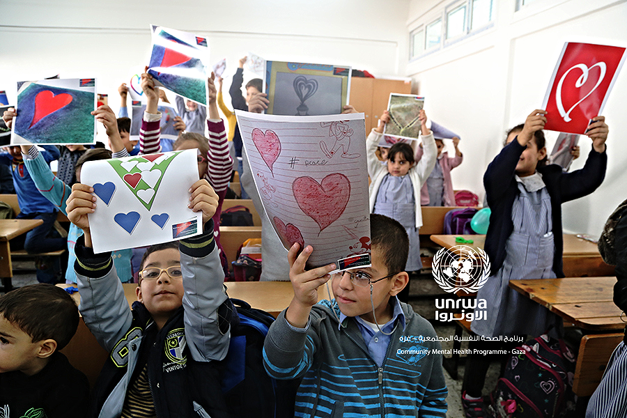 Nuestros dibujos en Palestina ¡Por fin!