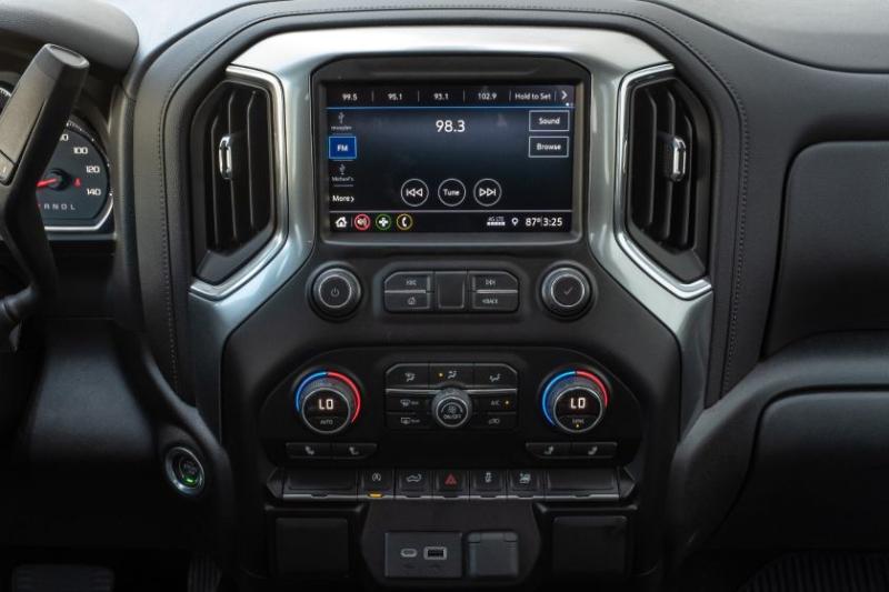2020 Chevrolet Silverado 1500 Diesel Center Console
