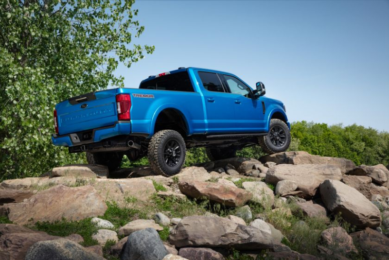 2020 Ford Super Duty Rock Crawling