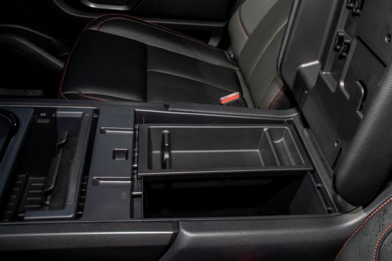 2020 Nissan Titan Pro-4X Center Console