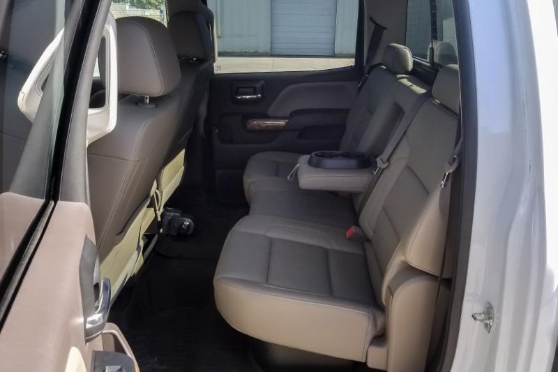 2017 GMC Sierra 3500 Backseat