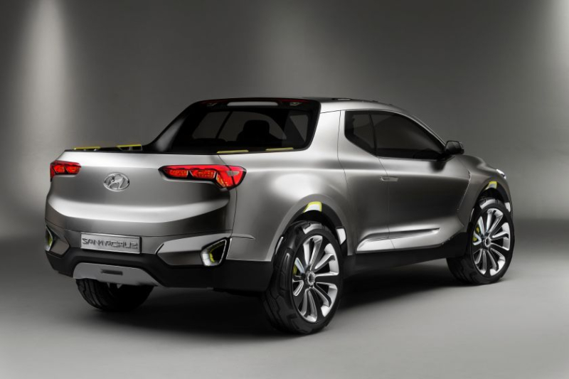 Hyundai Santa Cruz Pickup Truck Rear Angle Profile