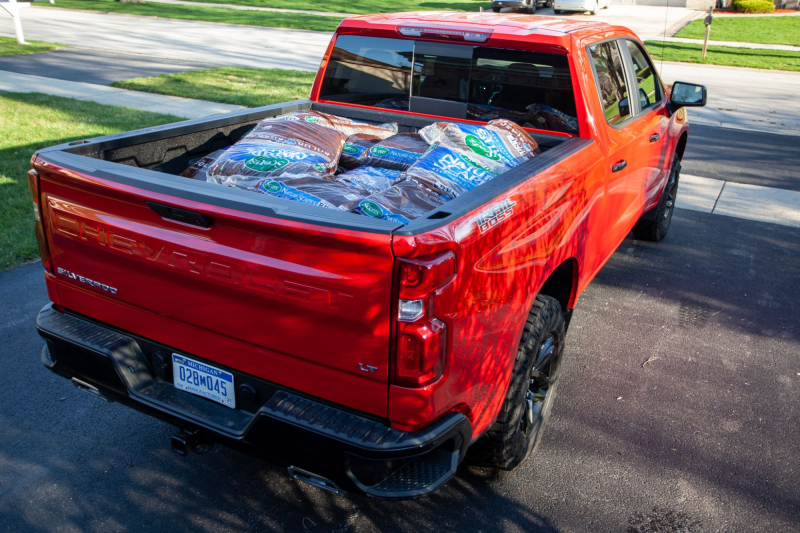 2020 Chevrolet Silverado 1500 Trail Boss Loaded With Mulch Bags