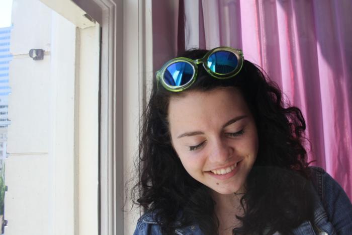 holographic-sunglasses