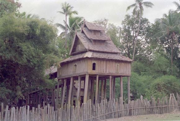 Ho tai Laos