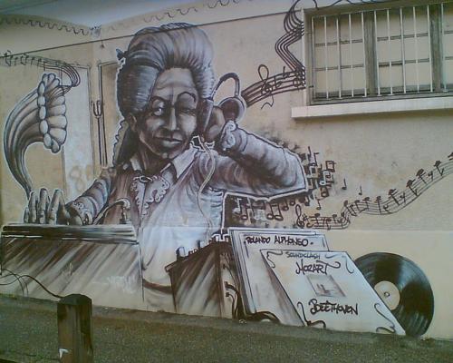 750px-Mozart_graffiti