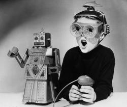 Robot_toy_1950s_reddit