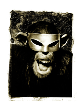 Monkey-with-mask