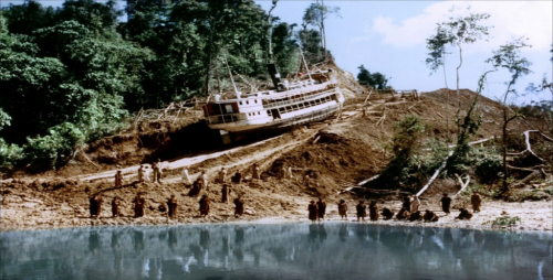 Boat on hill01